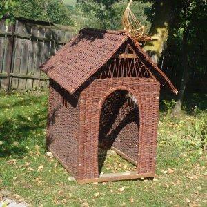 [:ro]Căsuțe[:hu]Házak vesszőből[:en]Little houses[:]