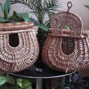 [:ro]Coșuri pt. pește[:hu]Halászkosarak[:en]Fishing baskets[:]